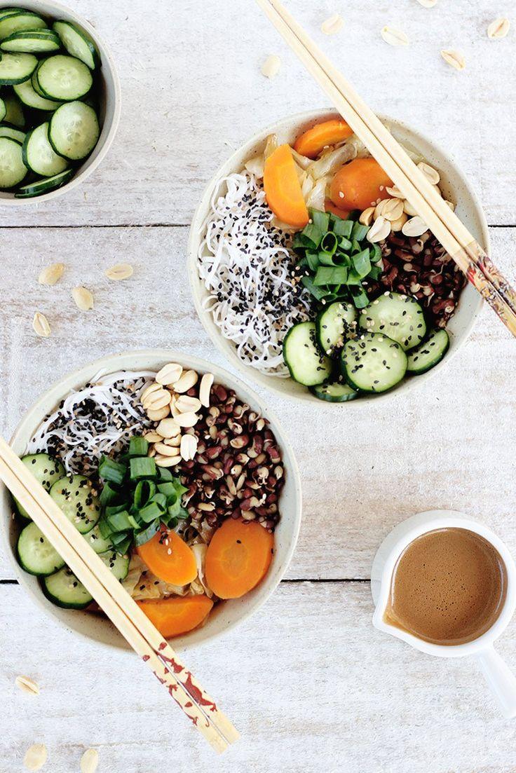 Bowl de bifum com vegetais (sem glúten) + molho agridoce | Receita