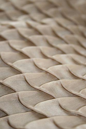 fabric manipulation / Amy Pliszka