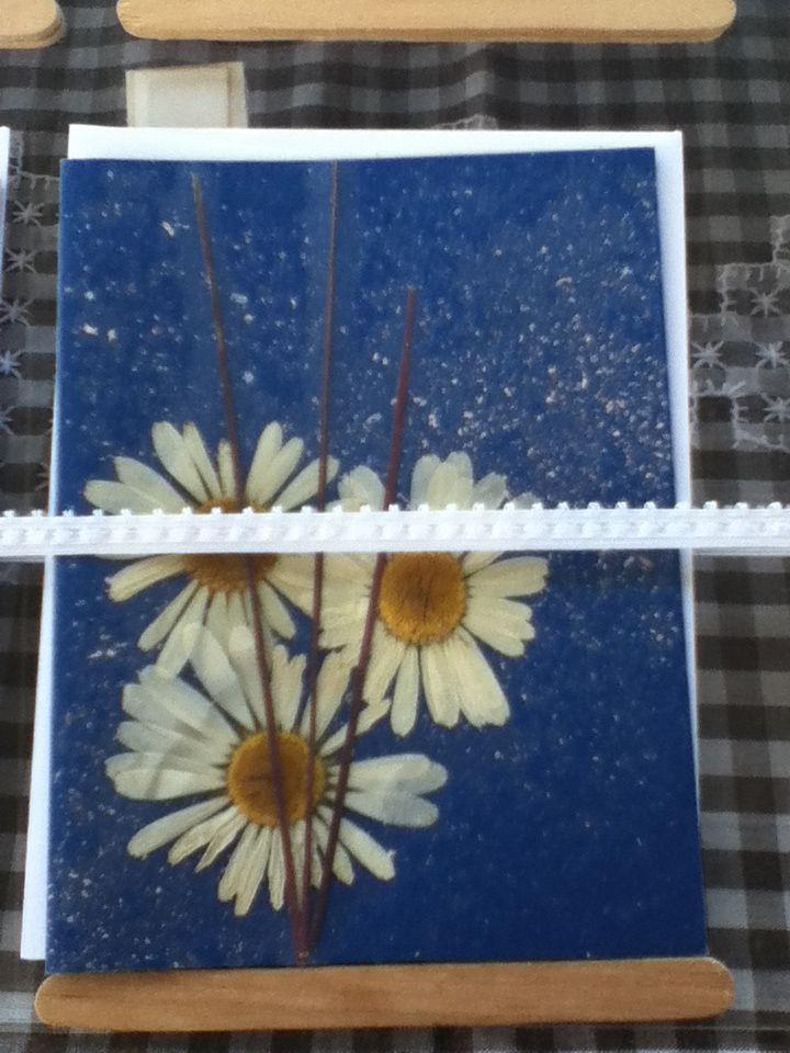 Pressed flower cards