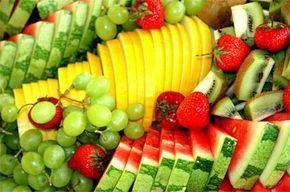 Le macedonie e i diversi modi di servire la frutta fresca