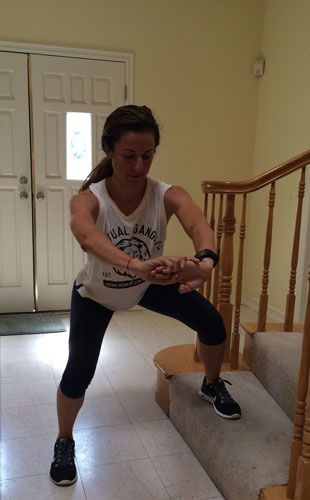 Get Fit Fast with This 10-Minute Step Workout @Elena Navarro Loi Smith magazine #fitness #workout