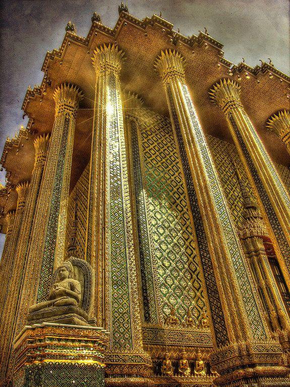 Wat Phra Kaeo @ Bangkok (Thailand): Aweinspir Architecture, Travelinspir Thailand, That Phra, Phra Kaeo, Thailand Bangkok, Bangkok Thailand, Thailand Travel, Amazing Architecture, Grand Palaces