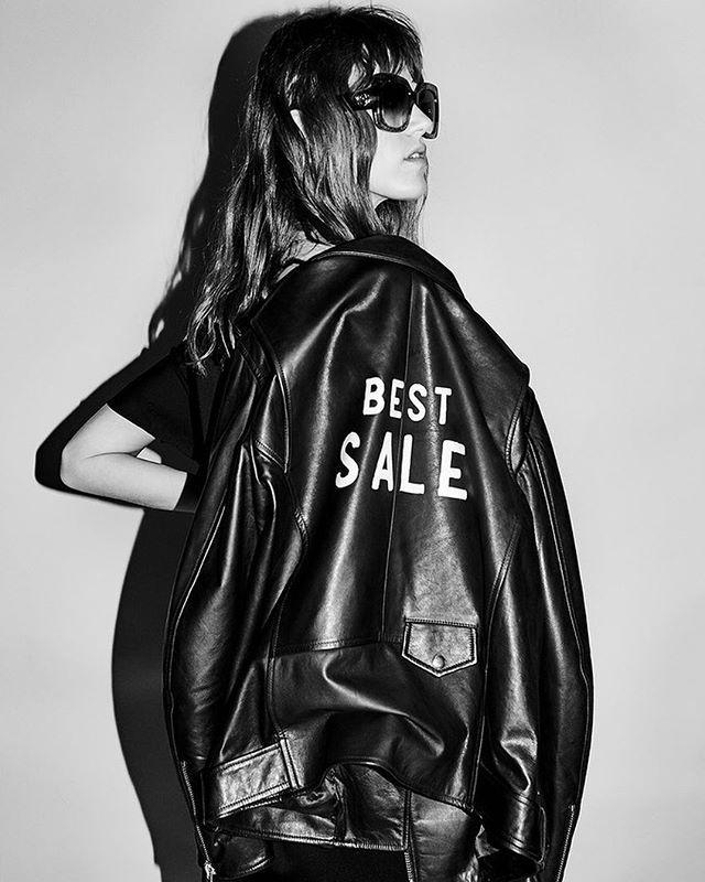 """Sale at @tsvetnoy starts now!/ Дождливая погода - отличный повод заняться шопингом: сезон летних распродаж открылся сегодня в универмаге """"Цветной."""" Подробности - на Vogue.ru!  via VOGUE RUSSIA MAGAZINE OFFICIAL INSTAGRAM - Fashion Campaigns  Haute Couture  Advertising  Editorial Photography  Magazine Cover Designs  Supermodels  Runway Models"""