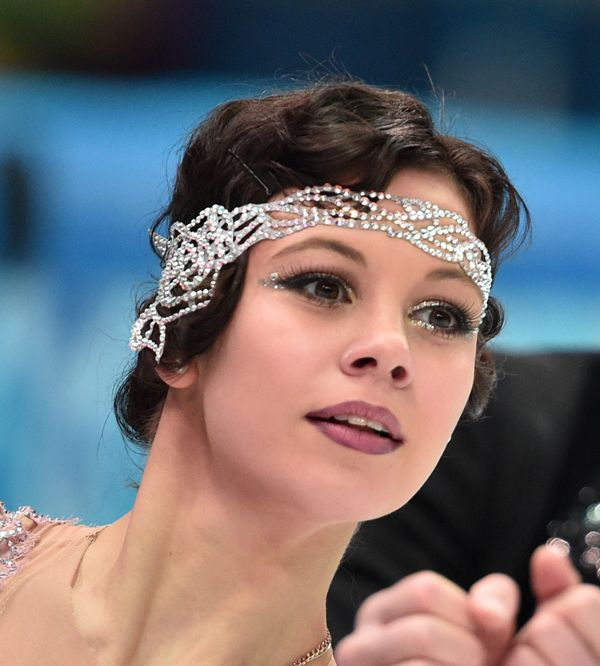 10 Best Beauty Looks From Olympic Skaters Figure Skating Hair Beauty Figure Skating Dresses
