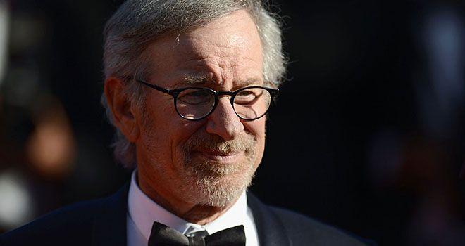 Steven Spielberg Won\'t Direct Bradley Cooper Navy SEAL Movie \'American Sniper\'