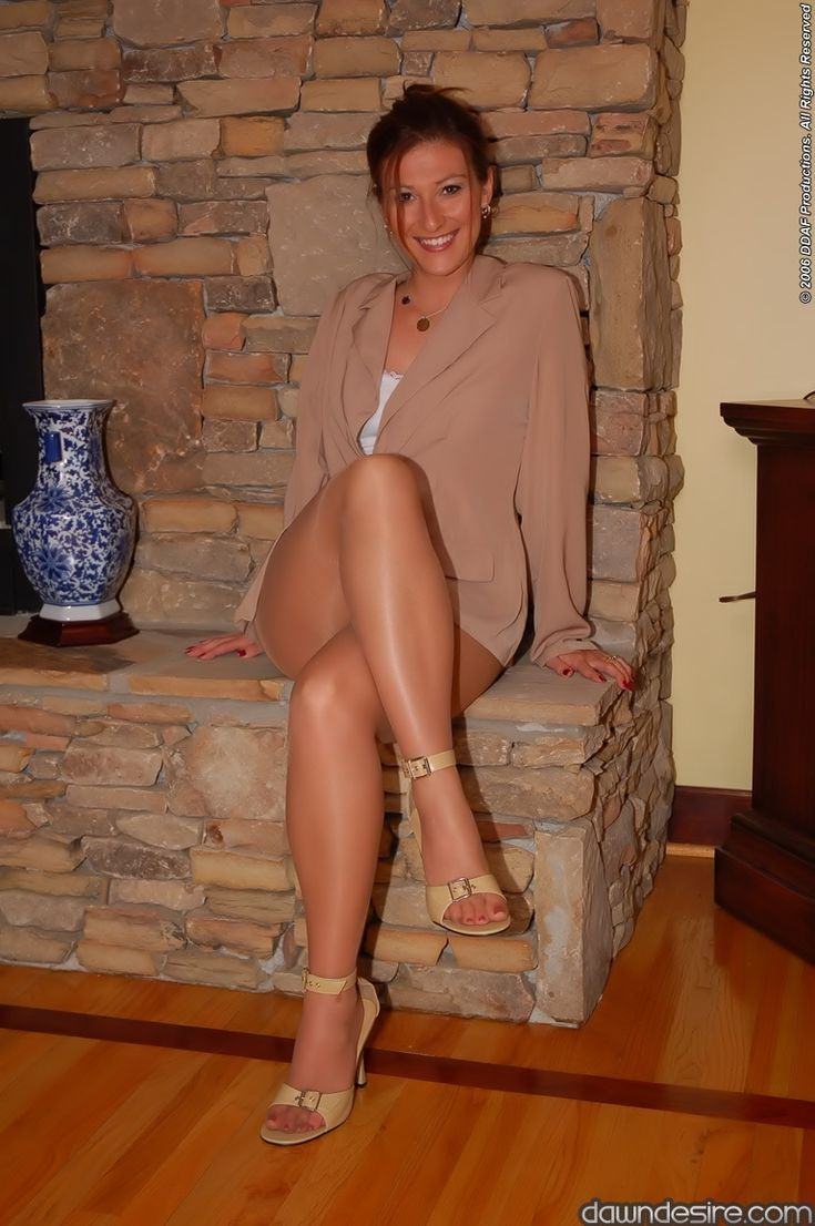 Milf Legs Cougers 53