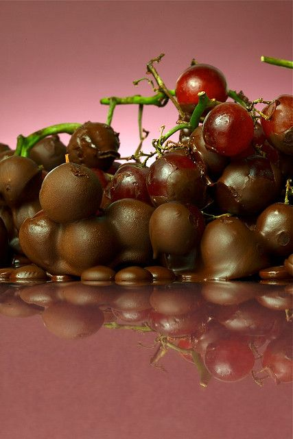 "Chocolate covered grapes for ""Bliss in a Bottle"" @ Sher - Bliss by C'est Cheese - (away), via Flickr"