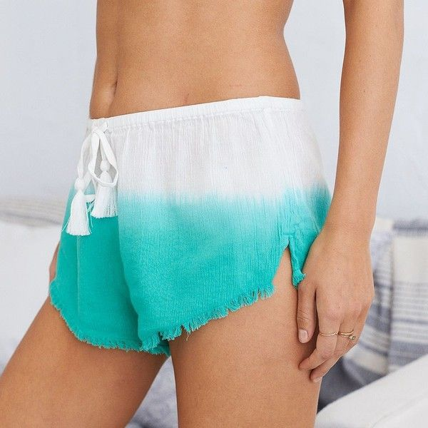 Aerie Ombre Hot Hot Hot Short ($14) ❤ liked on Polyvore featuring shorts, green, green shorts, dip dyed shorts, ombre shorts, hot shorts and gauze shorts