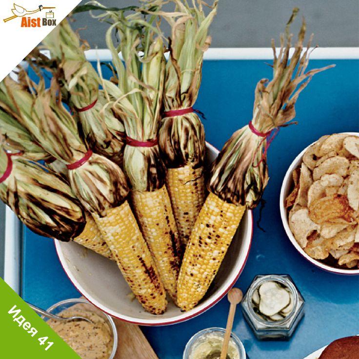 Прежде, чем угощать маленьких непосед этим лакомством, загадайте им загадку: «В этих жёлтых пирамидках сотни зёрен аппетитных»! Угадали? Тогда можно смело готовить простое, вкусное и полезное сезонное блюдо! Готовим кукурузу-гриль!