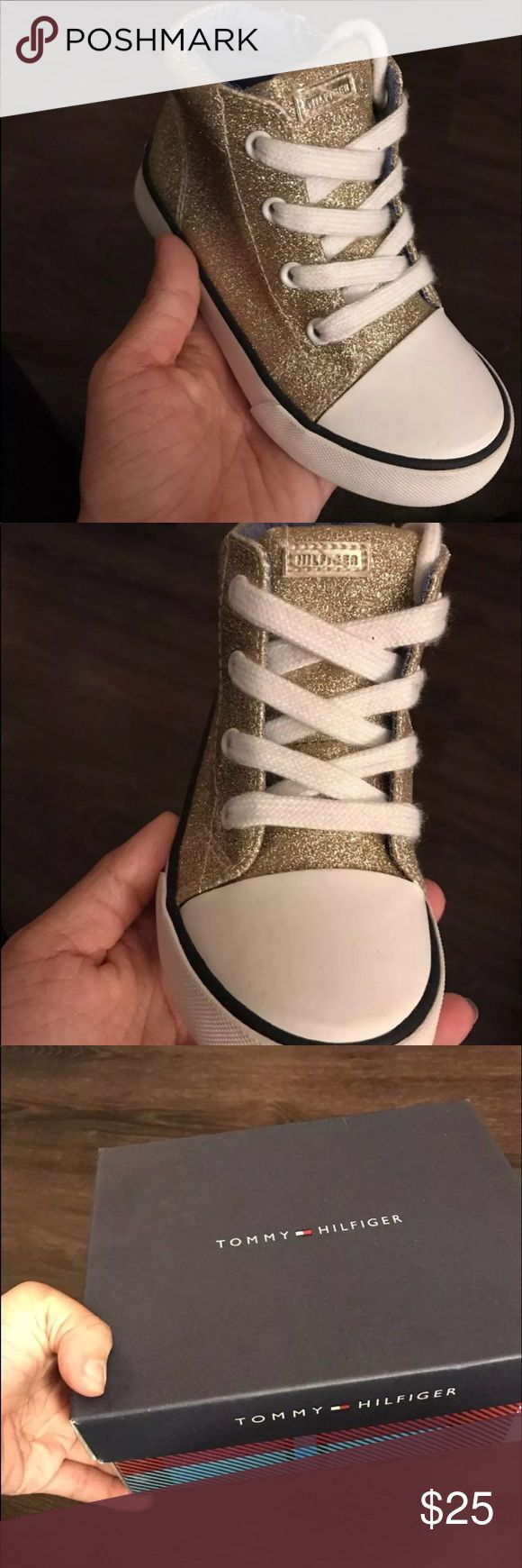 New Toddler Girls Tommy Hilfiger Shoes Gold champagne glitter zip up shoes  Size 8 (toddler)  New in box  Bought for $55 Perfect Christmas gift ! Tommy Hilfiger Shoes Sneakers