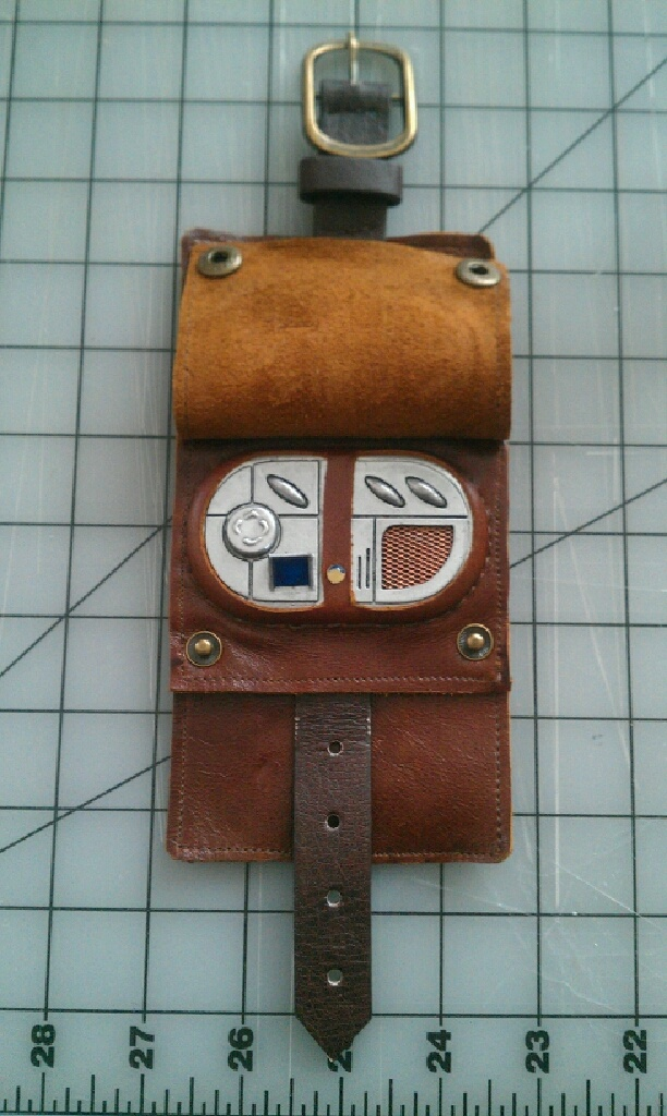 Vortex Manipulator. For River Song or Captain Jack cosplay.