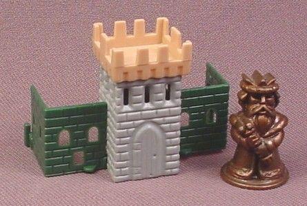 Kinder-Surprise-1998-Metal-King-Figure-with-Plastic-Castle