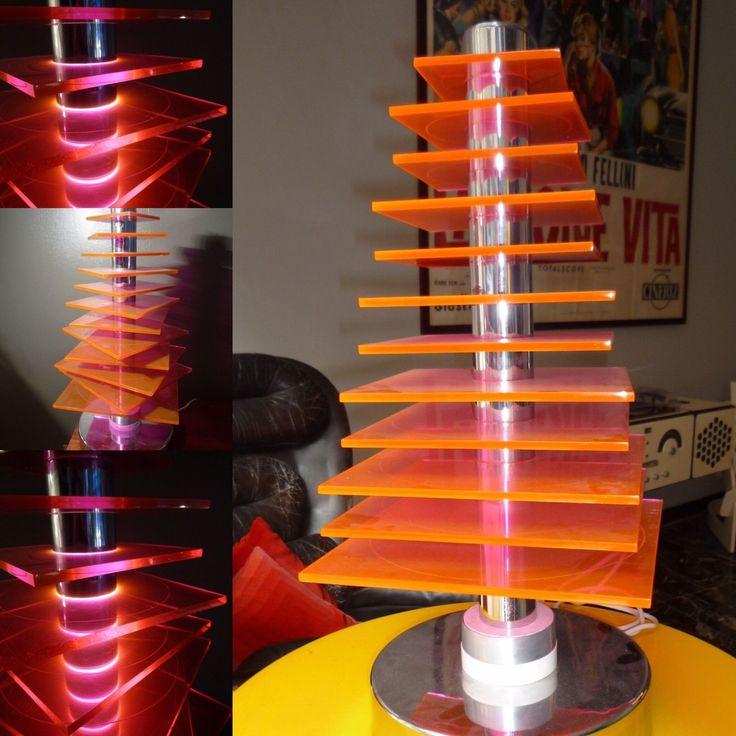 Lampada Terra Tavolo anni '70 Plexiglass Arancione Forma Albero  in Arte e antiquariato, Modernariato, Lampade | eBay