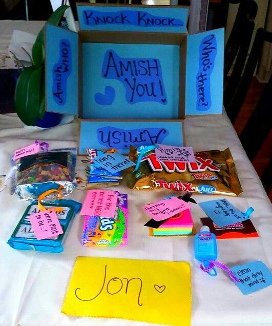 Made my bf an MCAT care package with cute little pun notes ...