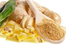 Tο τζίντζερ προέρχεται από την Aνατολή.Tο ενεργό συστατικό της πιπερόριζας είναι η τζιντζερόλη, ένα συστατικό που όταν μαγειρευτεί, έχει πικάντικο άρωμα και μια γλυκιά και ταυτόχρονα πιπεράτη γεύση...