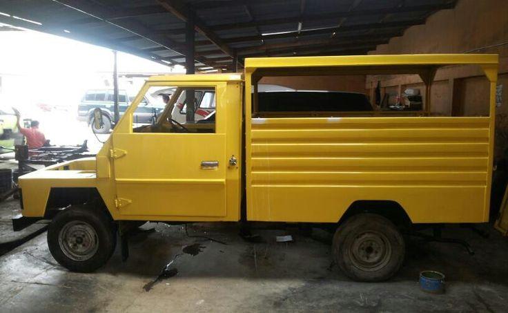 Toyota Kijang KF10 (Kijang Buaya)