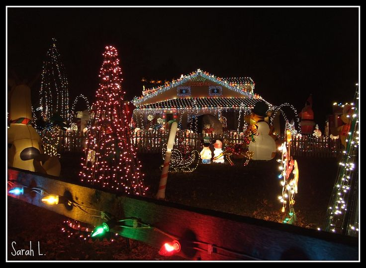 https://flic.kr/p/4ft7Z8 | 12.22.07 Smith's House | The Smith's Christmas lights display located in Wilmington, Delaware.