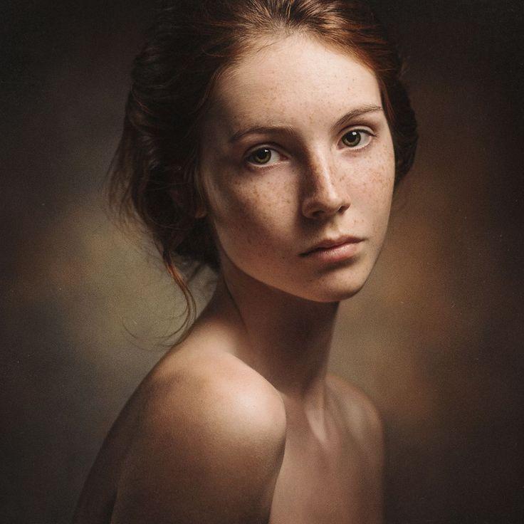 Фотосъемка женского портрета машины