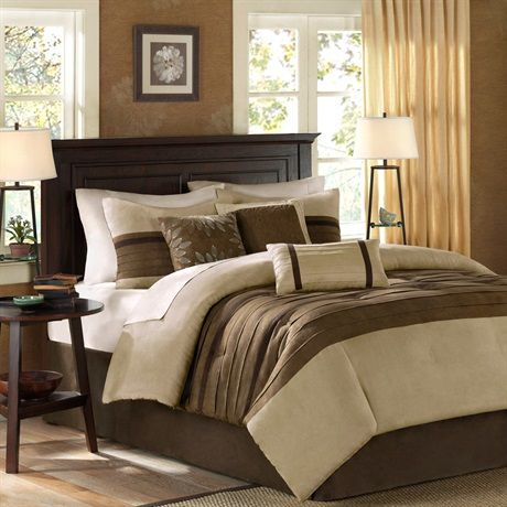 For comfort and a chic design, the Palmer bedding collection is the perfect fit. Its ivory comforter is made from pieced microsuede for a soft feel while the piecing details add texture and color with their taupe and brown colorways. The decorative pillows add a mix of nature-inspired leaves and solid neutrals to combine perfectly with this collection.