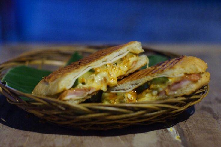 Cuban Sandwich di Bali   bit.ly/SandwichKubaCanggu