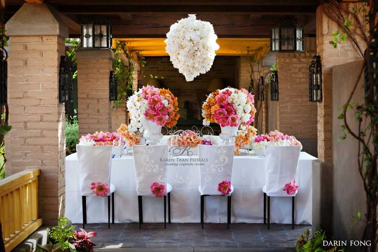 Large coral peonies was the star of this table top
