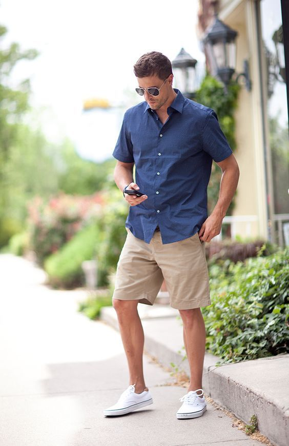 Here you'll find some edgy men Vans outfits you can rock this summer. They are as good with shorts and jeans as with pants!