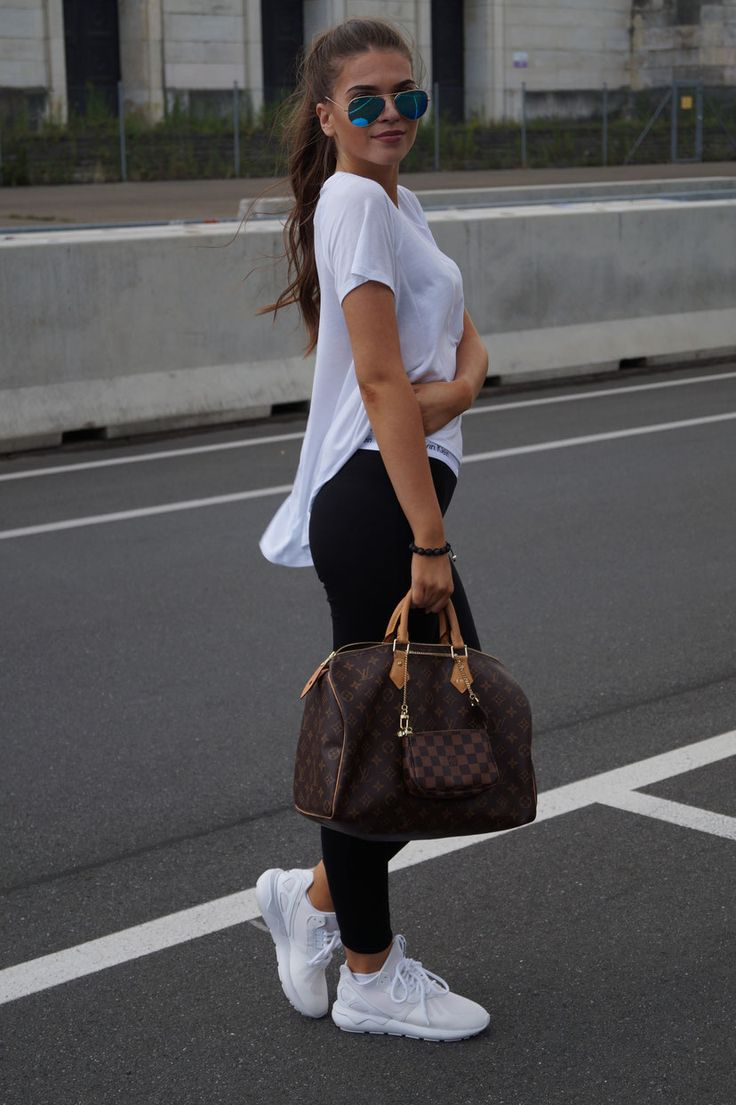 SPORTY OUTFIT FOR SCHOOL - Iva Nikolina Juric