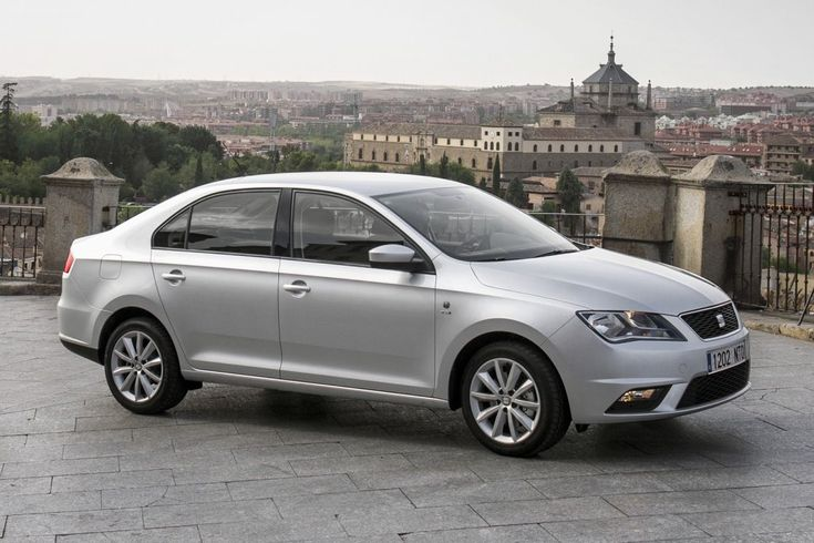 The Seat Toledo offers the best of both worlds – the look of a saloon with the versatility of a hatchback