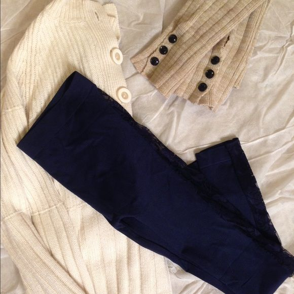 ‼️$2 Shipping Today‼️Navy Blue Leggings with lace Before purchasing, Comment below for $2 shipping. Brand new. Never worn. Beautiful lace panels on side of legs. One size. 20% off items two or more. trades PP. Reasonable offers always welcome Pants Leggings