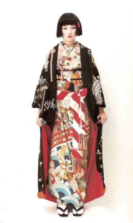 Kimono-hime issue 7. Fashion shoot page 9. ViaSatomi Grim of Flickr