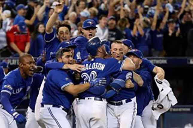 Toronto earns 1st ever post-season sweep with win over Rangers Josh Donaldson scored on a throwing error as the Toronto Blue Jays beat the Texas Rangers 7-6 in 10 innings to complete the three-game…
