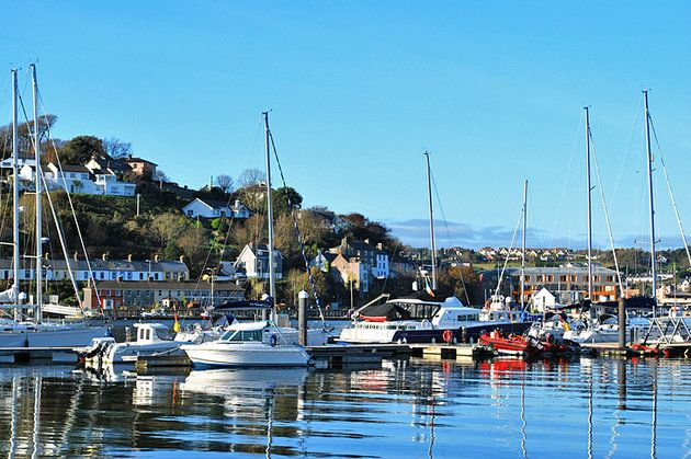 The charming yachting marina is located close to the centre of Kinsale.