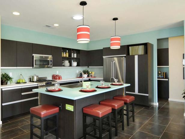 Red Kitchen Design: Color and form blend perfectly to create an iconic  version of cool