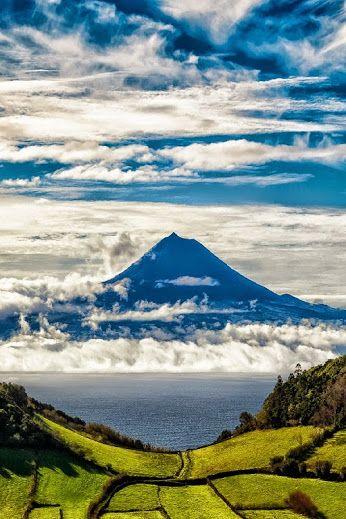 Tirem muitas e muitas fotografias ao Pico. // Take loads and loads of pictures of Pico.