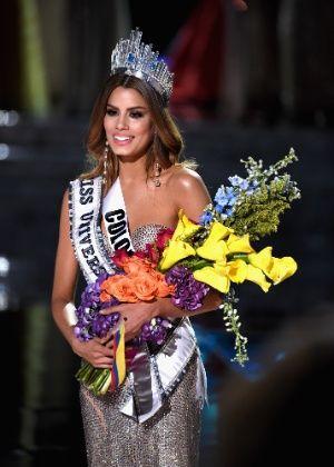 Miss Colômbia recebe proposta de US$ 1 milhão para estrelar filmes pornôs #Atriz, #Cantora, #Celebridades, #Erro, #Filme, #Fotos, #Hoje, #KimKardashian, #Pornô, #QUem, #Sexo, #VANESSA http://popzone.tv/2015/12/miss-colombia-recebe-proposta-de-us-1-milhao-para-estrelar-filmes-pornos.html