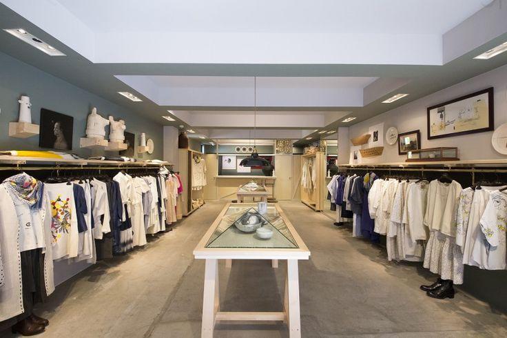 Flagship store Tokyo   D-due #ddue #dduelab #tokyo #flagshipstore #shopinterior #interiordesign #clothes #retaildesign