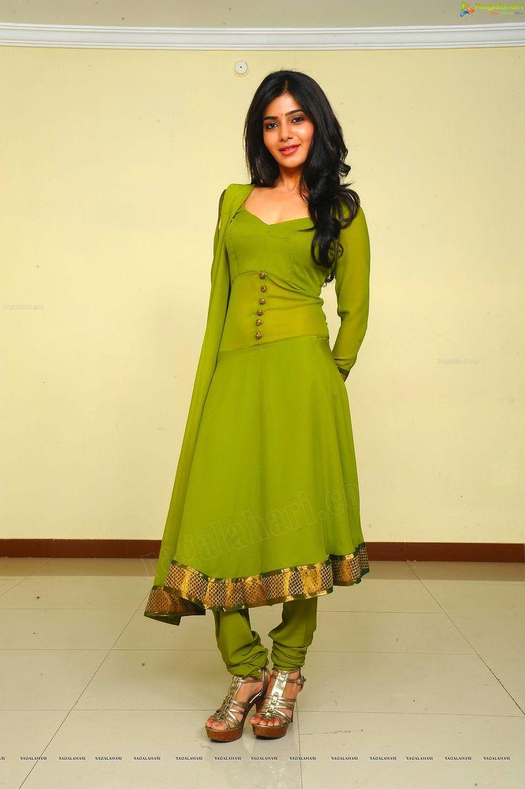Tamil Actress Samantha in Anjaan - High Definition Photos