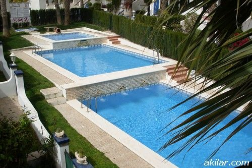 First floor, 2 bedroom apartment in Los Dolses, Orihuela Costa, walking distance to shops, bars and restaurants, 5 minute drive to beach and golf. Prices start from 20€ per night: http://www.akilar.com/listing--1585.html