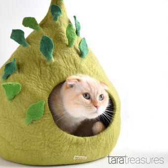 Green Leaf Cat Cave / taratreasures