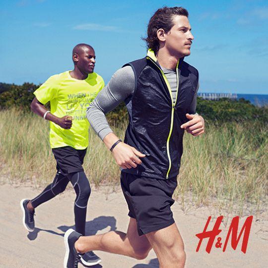 Rabaty do 70% w H&M!  Tylko teraz jeszcze większa wyprzedaż – w sklepie H&M zimowe ubrania, dodatki i obuwie kupisz nawet 70% taniej!   Wszystko, czego potrzebuje Twoja zimowa garderoba teraz w nowych atrakcyjnych cenach!