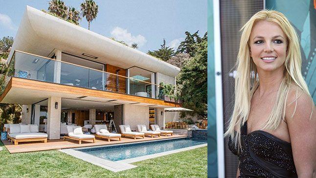 L'escapade de Britney Spears | CHEZ SOI Photo: ©Airbnb | iStock #deco #maisondestars #maisondereve #britneyspears #airbnb #malibu #californie #location