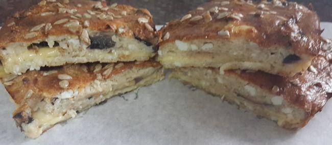 Диетический пирог с сыром и грибами