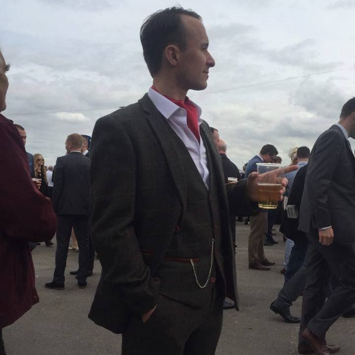 Anton the Chap at the Grand National 2016