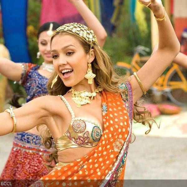 Firang divas sizzle in a sari