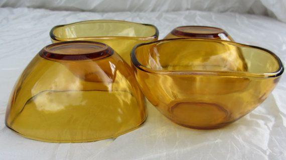 4 vereco amber glass bowls. tempered glass. Retro by RoziereBroc