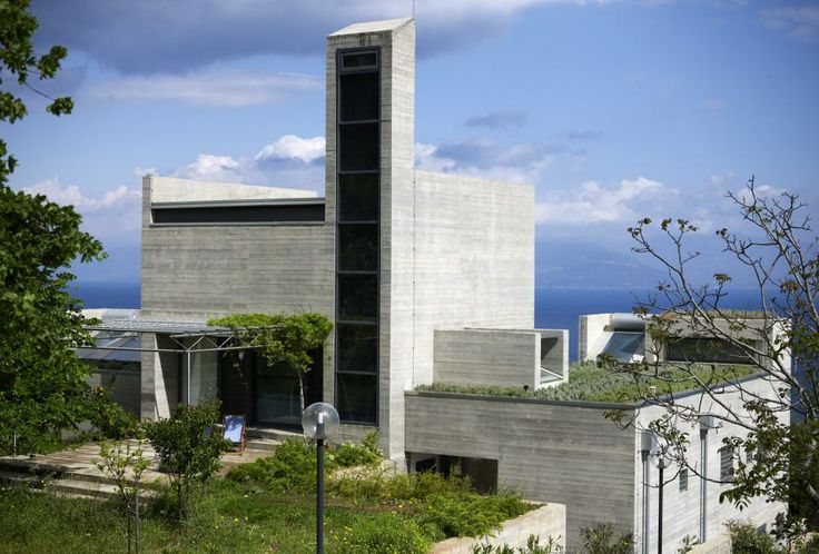A House Overlooking the Gulf of Corinth (Greece) Architectural Design: Alexandros N. Tombazis and Associates Architects ltd