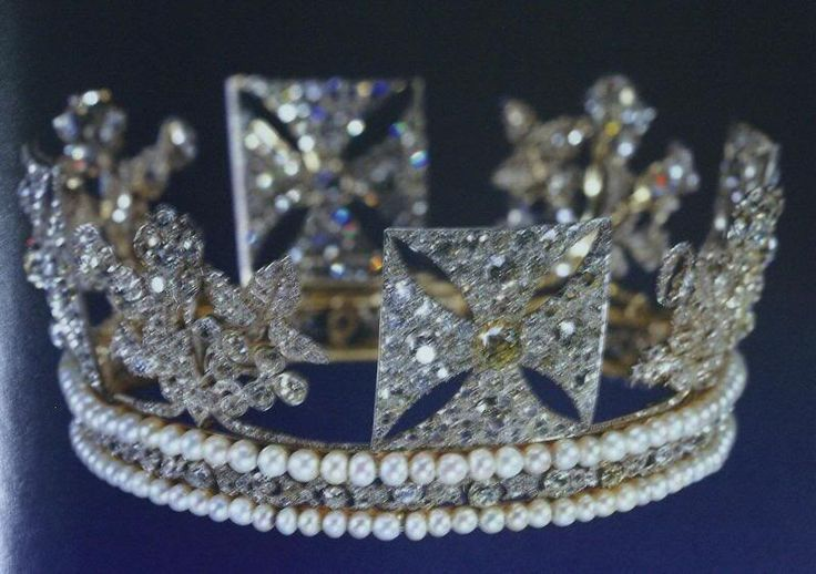 Diamond Diadem, 1820  the crown of George IV, worn by the queen for the opening of parliament, a beautiful crown  in the medieval style.