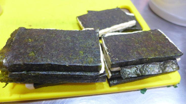 Tofu envuelto con algas nori