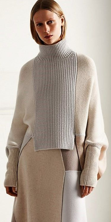 KNITWEAR LOVES