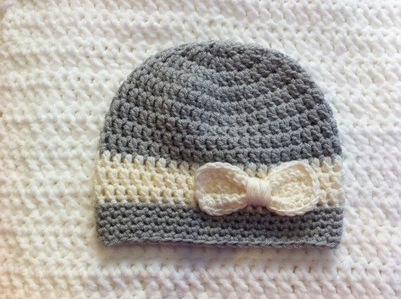 LADIES grey and white crochet hat, Grey beanie hat, Ladies BOW hat ...